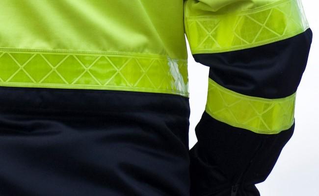 wetterschutzkleidung-warnkleidung-wattana-corporate-fashion-detail